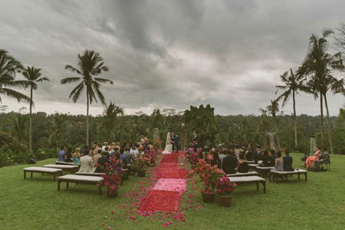 Những hôn lễ có ý tưởng tổ chức độc đáo không thể bỏ qua - 6