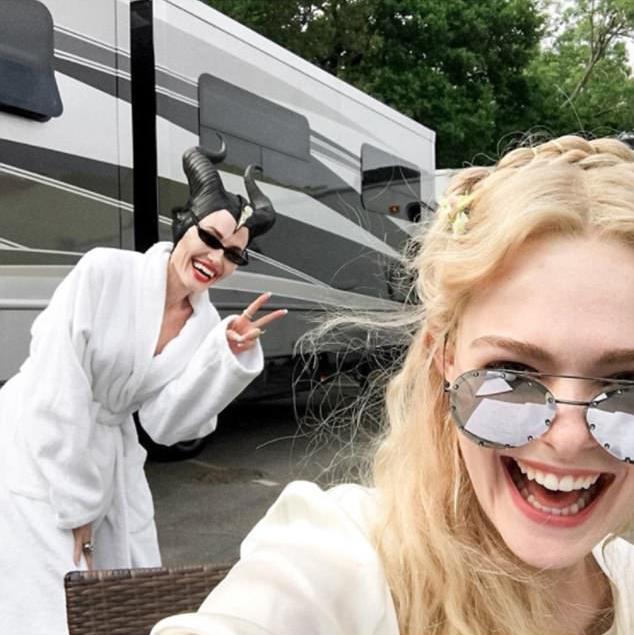 Jolie trở lại trường quay Maleficent 2 vào ngày 29/5.