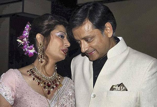 Chính trị gia Ấn Độ đối diện án tù 10 năm vì giúp vợ tự tử - 2