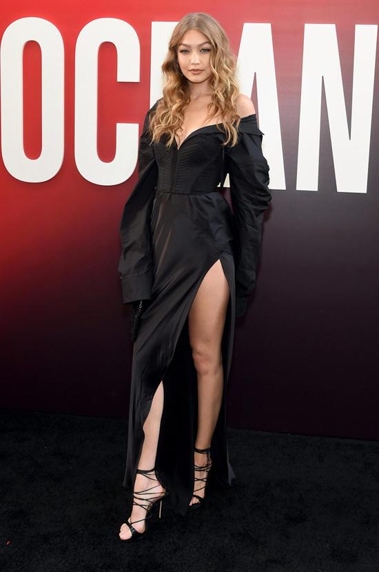 Siêu mẫu Gigi Hadidi là khách mời tới xem phim.