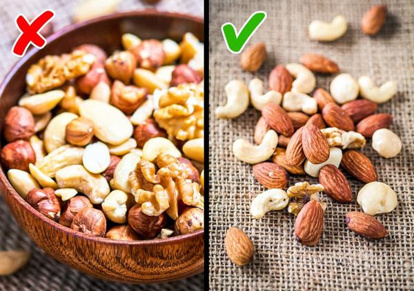 Ăn quá nhiều thực phẩm lành mạnh Bạn được khuyên rằng nên ăn nhiều các loại hạt hạnh nhân, hạt điều hay ngũ cốc khi giảm cân vì nó gúp no lâu, thúc đẩy tiêu hóa. Tuy nhiên, điều đó không đồng nghĩa với việc bạn có thể ăn bao nhiêu tùy thích.
