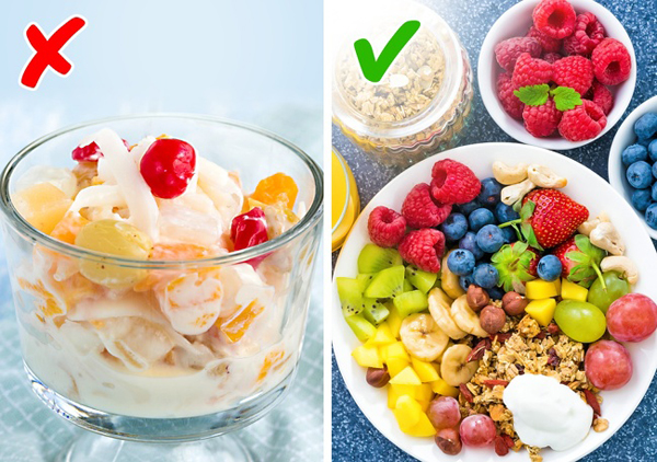 Không ăn đủ lượng chất xơ cần thiết Khi bạn cần giảm cân, các thực phẩm giàu chất xơ đóng vai trò rất quan trọng vì nó giúp thúc đẩy tiêu hóa, hỗ trợ tiêu đốt mỡ thừa. Không ăn đủ lượng chất xơ cần thiết sẽ khiến bạn khó giảm cân, rất dễ mắc các bệnh về đường tiêu hóa như táo bón, rối loạn chức năng tiêu hóa vì nạp lượng lớn protein.