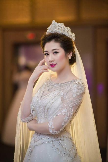 Tú Anh tổ chức đám cưới với bạn trai thiếu gia vào ngày 21/7