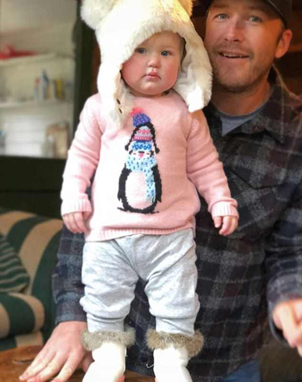 Bode Miller và con gái. Ảnh: Instagram.
