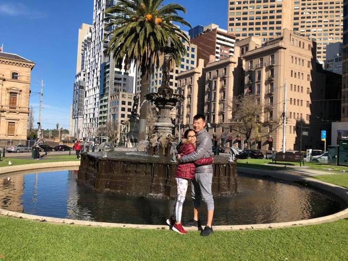 Vợ chồng Ốc Thanh Vân xoay sở canh chừng 3 con khi du lịch Australia - 10