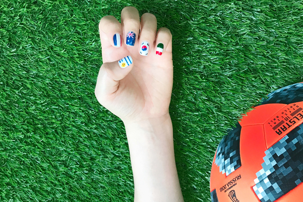 Chào đón World Cup với những mẫu móng tay mang màu cờ sắc áo - ảnh 7