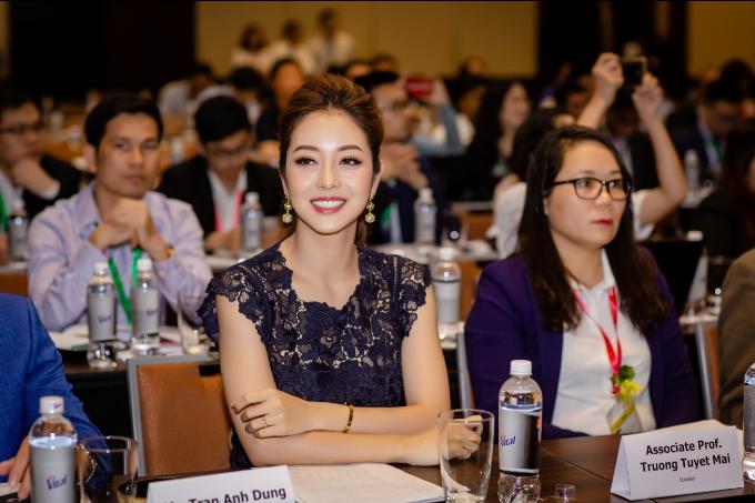 Hoa hậu Jennifer Phạm ưu tiên dùng dầu gạo trong chế biến món ăn - ảnh 2