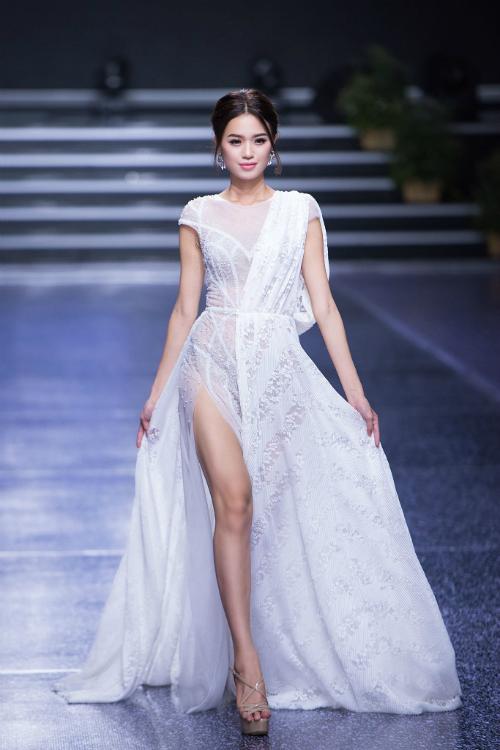 Váy cưới xẻ tà cho mùa hè thu 2018 - 6