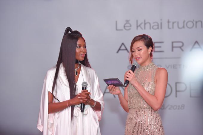 Naomi Campbell diện trang sức Cao Fine Jewellery - 1