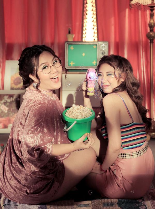 Hoàng Yến Chibi ăn liên tục khi đi quay MV - ảnh 5
