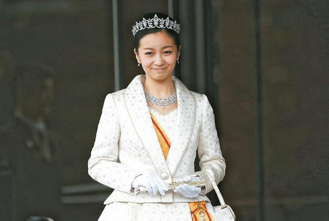 Kako - công chúa 23 tuổi xinh đẹp nhất Nhật Bản