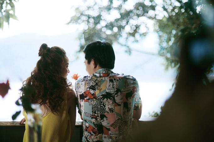 Hot boy 9X nguong khi quay MV ngon tinh voi Yen Trang