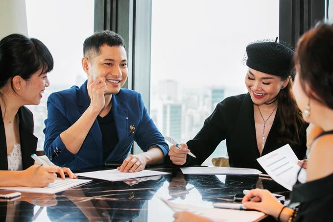 Ngoài Thanh Hằng, ban cố vấn của chương trình năm nay còn có sự tham gia của nhà thiết kế Nguyễn Công Trí, đạo diễn Nguyễn Quang Dũng,