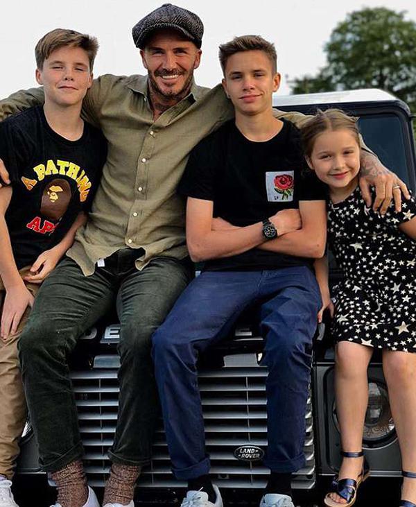 Vic đăng ảnh, khen Becks là ông bố tuyệt vời nhất. Ảnh: Instagram.