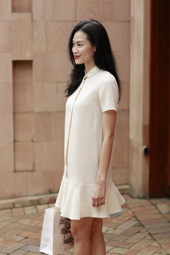 Hai nhà thiết kế khéo léo chắt lọc đường nét của phong cách cổ điển để đưa vào các mẫu váy hiện đại.