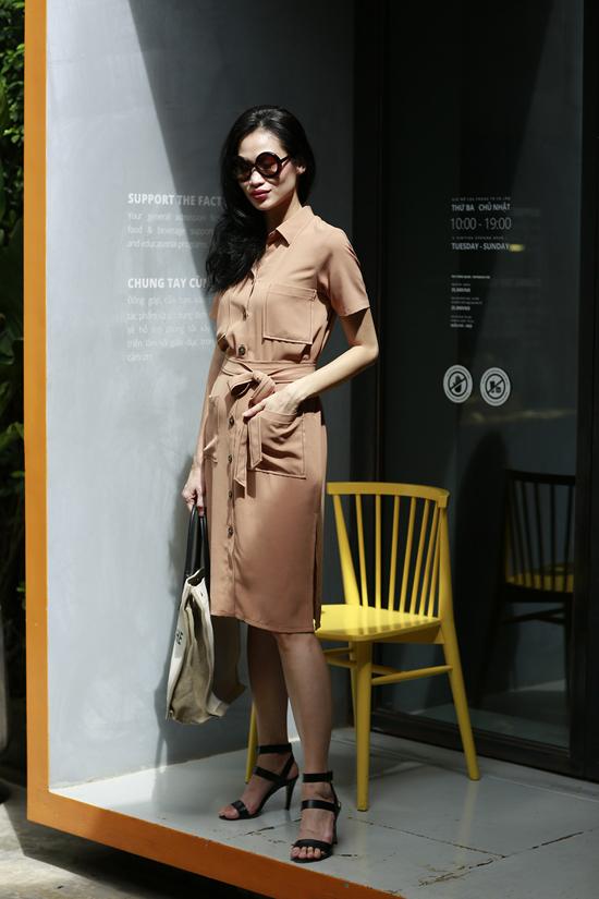 Bộ sưu tập thời trang hè dành cho quý cô văn phòng được xây dựng trên những tông màu  trung tính, thanh mát, tôn da.