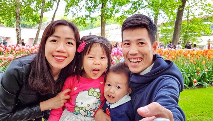 Hành trình tự lái xe đưa hai con đi khắp châu Âu của đôi vợ chồng Việt - 2