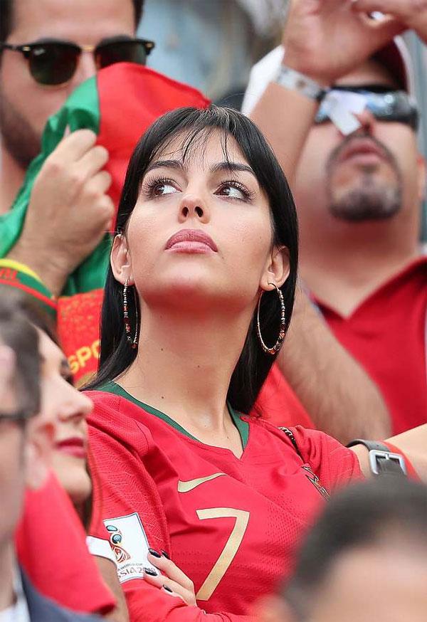 Georgina Rodriguez đến Nga cổ vũ C. Ronaldo. Ảnh: NN.