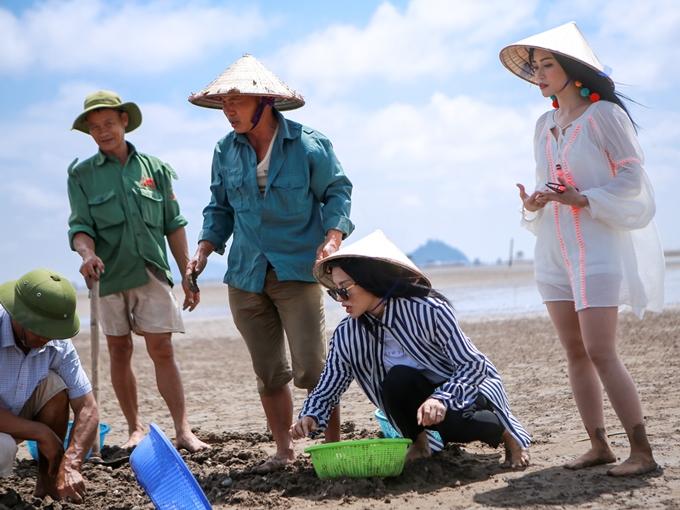 Diệu Nhi, Sĩ Thanh, Yaya Trương Nhi đi chân đất cào nghêu - ảnh 2