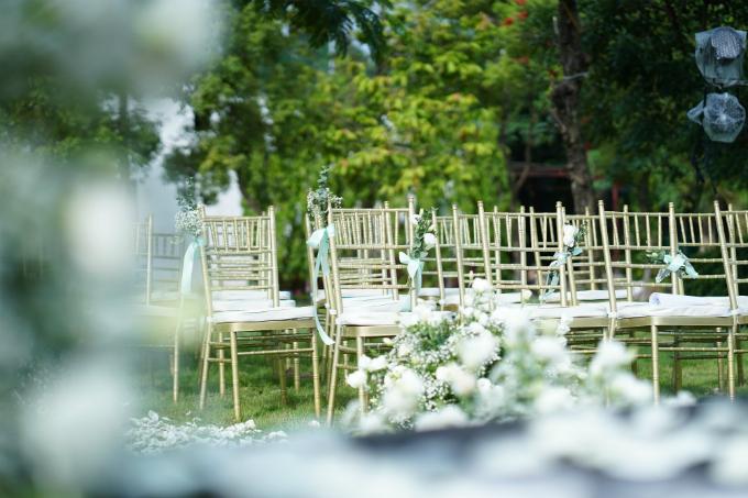 Lễ cưới chơi trội với hơn 1.000 cành hoa lan hồ điệp của Tú Lơ Khơ - 4