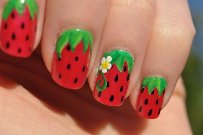 8 mẫu móng tay hình trái cây cho mùa hè thêm rực rỡ