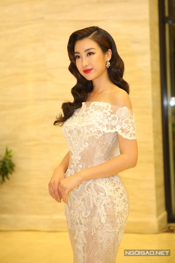 Sau hai năm đăng quang, nhan sắc Mỹ Linh ngày càng gợi cảm. Cô cũng vinh dự được ban tổ chức chọn vào vị trí ban giám khảo cuộc thi năm nay.