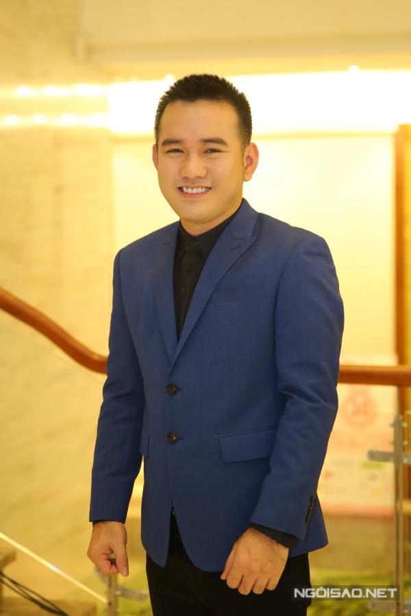 Nhà thiết kế Lê Thanh Hòa cũng là thành viên ban giám khảo.