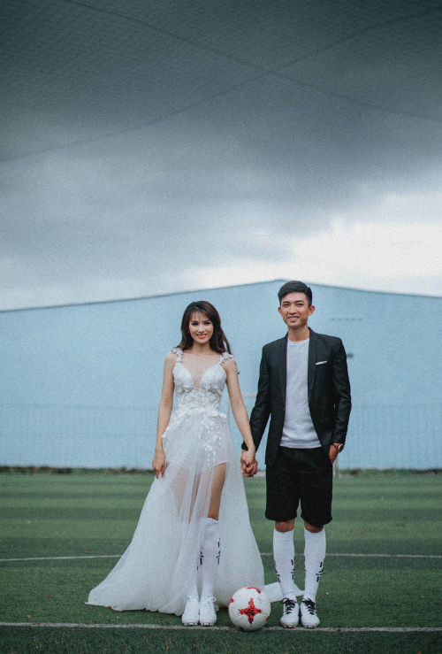 Ảnh cưới bên trái bóng lăn của đôi trẻ Bình Phước - 4