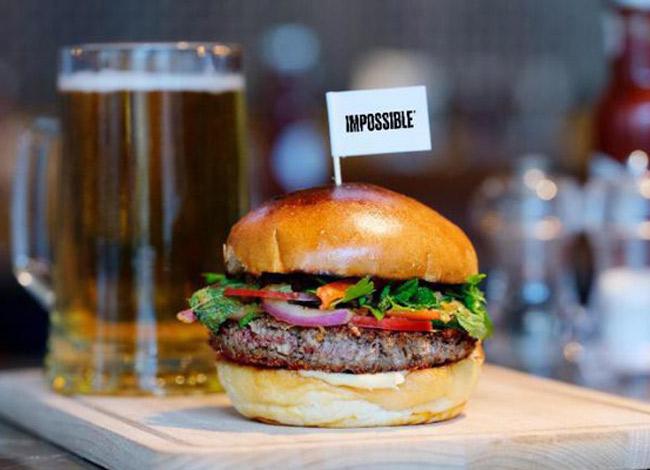 Impossible Burger là sản phẩm được yêu thích nhất của công ty Impossible Food. Ảnh: CNN.