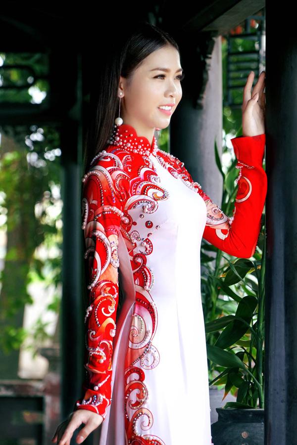 Hoa hậu, Á hậu biển Việt Nam toàn cầu đọ dáng với áo dài
