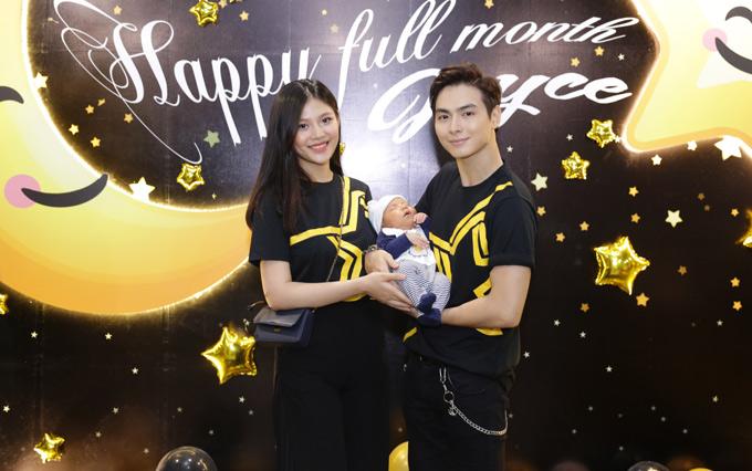 Chung Huyen Thanh - Jay Quan lam tiec day thang cho con trai