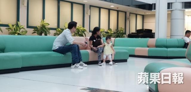 A hau Trung Quoc muon bu dap thiet thoi khong cha cho con gai