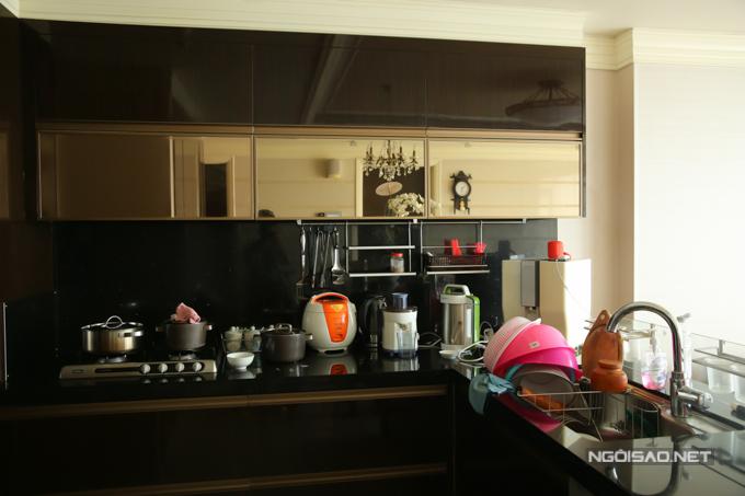 HHen Niê sống giản dị trong căn hộ giải thưởng Hoa hậu - 2