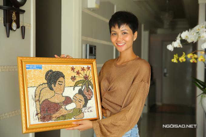 HHen Niê sống giản dị trong căn hộ giải thưởng Hoa hậu - page 2 - 4