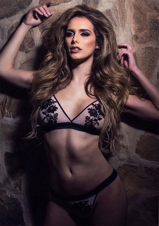 Hoa hậuAngela Ponce.