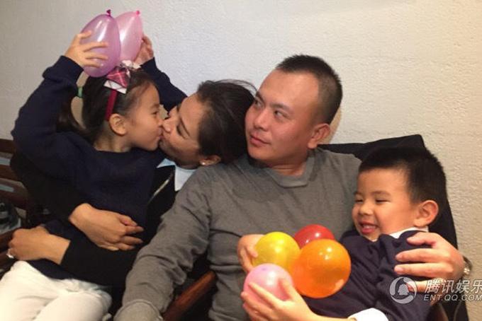 Gia đình nhỏ hạnh phúc của nàng A Châu.