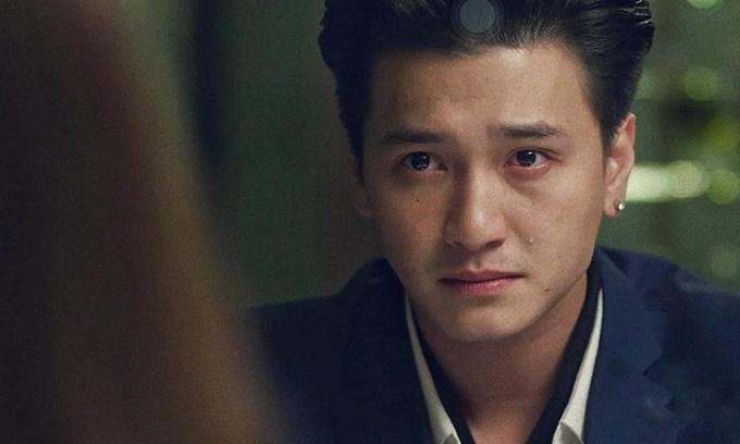Huynh Anh khong tiec vai trong Hau due mat troi phien ban Viet