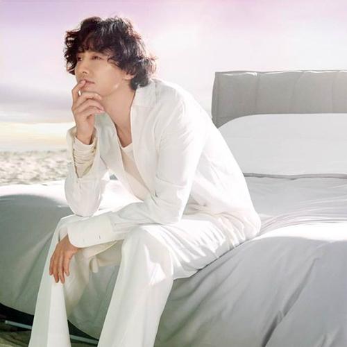 Hình ảnh của Won Bin khi làm người mẫu quảng cáo cho sản phẩm của Cherish.