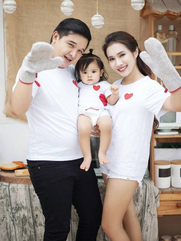 Chang Dien phim Canh dong bat tan khoe vo dep con ngoan