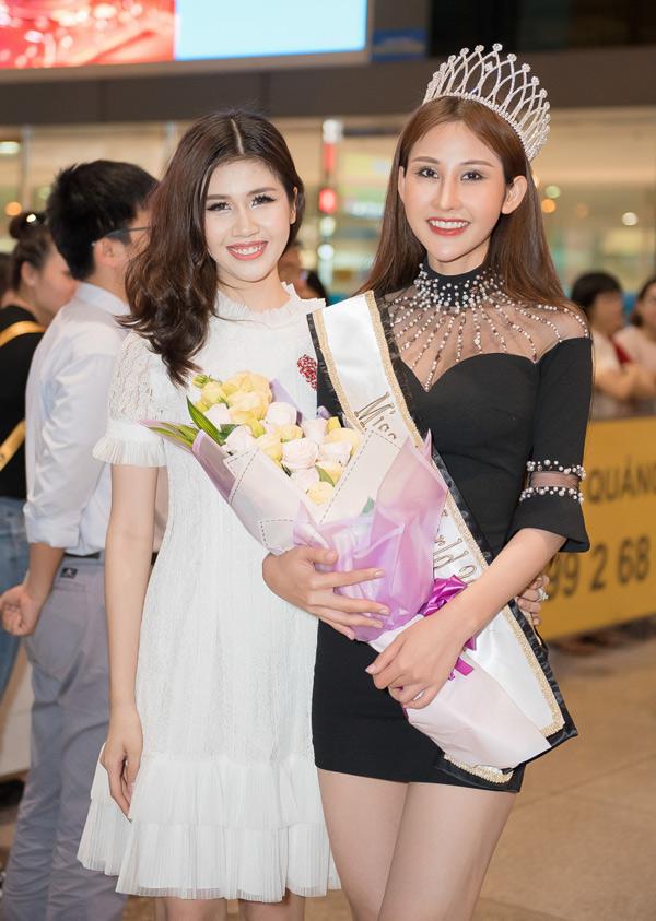 Chi Nguyen duoc chao don khi ve nuoc sau dang quang Miss Asia World