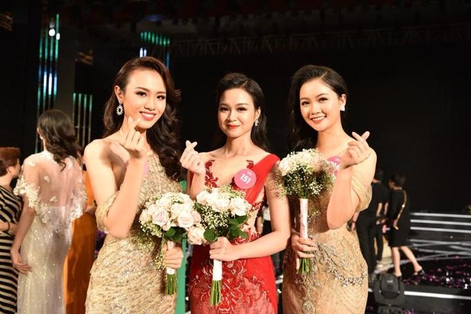 Thi sinh Hoa hau Viet Nam 19 tuoi kiem duoc hon 10 trieu mot thang