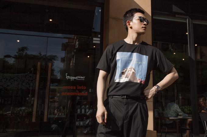 Võ Cảnh sinh năm 1990, từng đoạt giải Đồng cuộc thi Siêu mẫu Việt Nam 2013, giải Siêu mẫu triển vọng và Gương mặt đẹp tại Asia New Star Model 2014 tổ chức tại Hàn Quốc, Ngôi sao Người mẫu châu Á do Hiệp hội Người mẫu Hàn Quốc bình chọn năm 2015. Sau đó, anh lấn sân lĩnh vực diễn xuất và từng đảm nhận vai chính trong bộ phim Sứ mệnh trái tim. Mới đây, nam người mẫu sang Italy tham dự show diễn của Dsquared2 trong khuôn khổ tuần lễ thời trang Milan Fashion Week Mens Spring - Summer 2019.