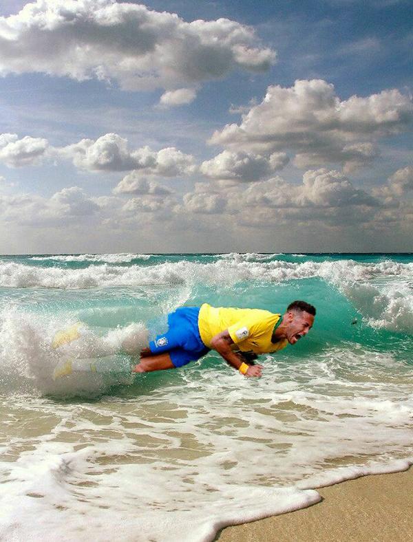 Đi nghỉ vui vẻ nhé Neymar, cẩn thận nước lạnh đấy, nickname Insonias em Carvao châm chọc ngôi sao Brazill.