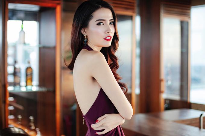 Phan Thị Mơ hiện hoạt động trong làng giải trí với vai trò diễn viên, người mẫu. Bộ ảnh do stylist Bí Bo, chuyên gia trang điểm Donal hỗ trợ thực hiện.