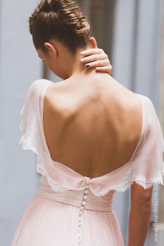 Đầm khoe lưng trần hot trend cho mùa hè - 7