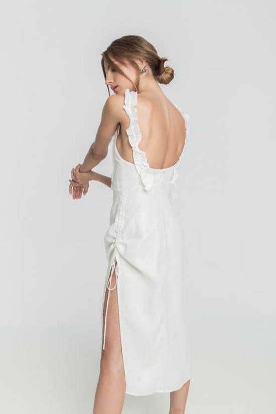 Đầm khoe lưng trần hot trend cho mùa hè - 3