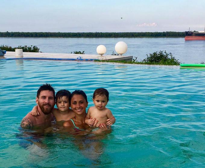 Những kỳ nghỉ cả nhà đi đâu cũng có nhau của Messi khi rảnh rỗi - 6