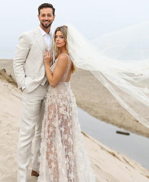 1-ashley-greene-wedding-dress-8115-3552-1531201705.jpg