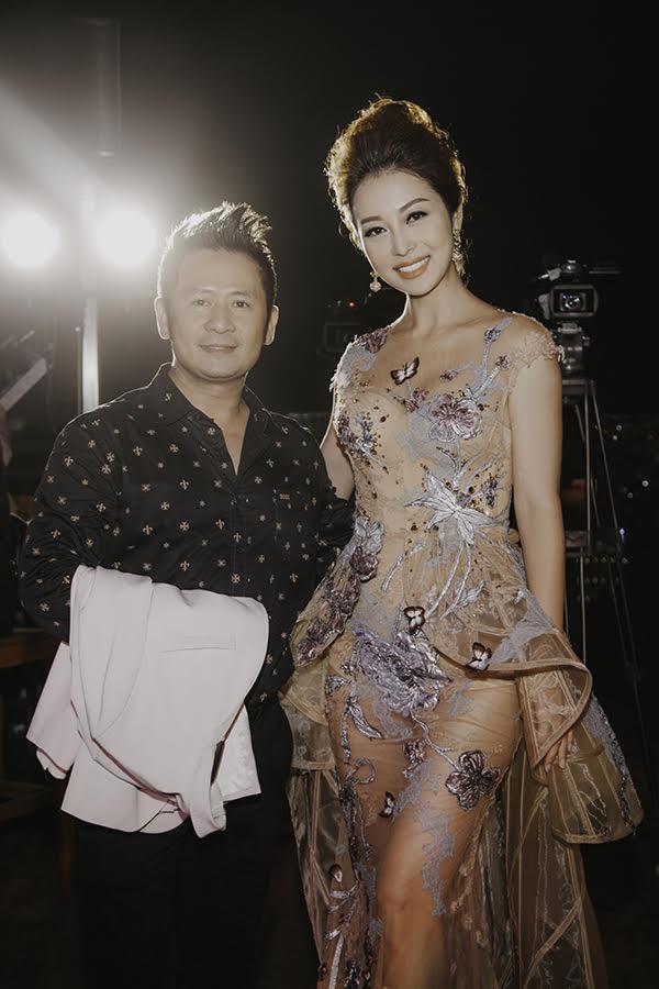 Jennifer Pham mac sexy lan at hoa hau Diem Huong