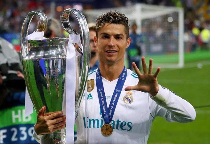 C. Ronaldo viết tâm thư gửi fan hé lộ lý do rời Real Madrid - 1